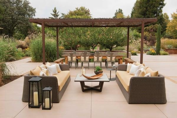 Sofa Cushions: Wind - Daffodil (05); Sofa Pillows: Tahoe Weave - Cloud (01), Bengal Tiger - Sun (07) and Sun Waves - Sun (07); Metal Chair Pillow: Maggie - Sun (04); Napkins: Sun Waves - Sun (07)